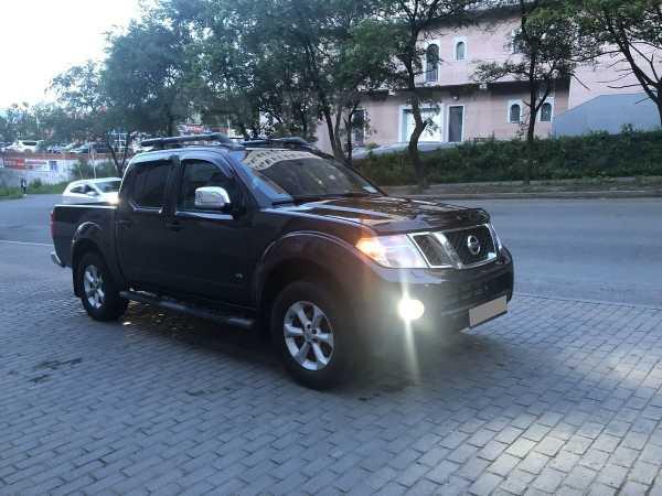 Nissan Navara, 2010 год, 1 050 000 руб.