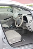 Nissan Leaf, 2011 год, 319 000 руб.