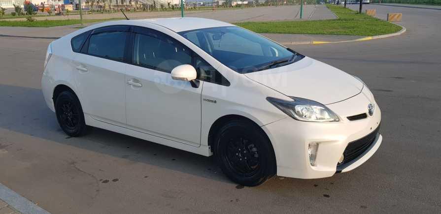 Toyota Prius, 2013 год, 810 000 руб.