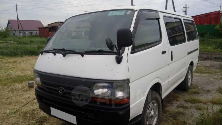 Toyota Regius Ace, 2003 год, 490 000 руб.