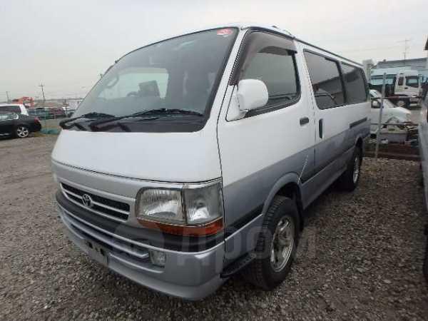 Toyota Hiace, 2001 год, 355 000 руб.