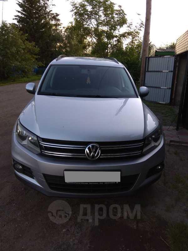 Volkswagen Tiguan, 2011 год, 620 000 руб.