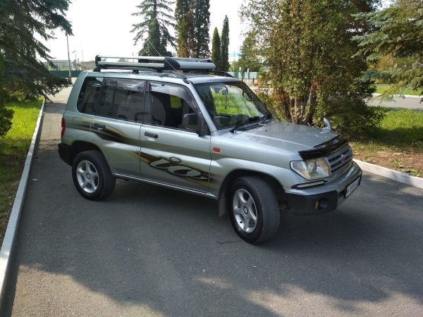 Mitsubishi Pajero iO, 1999 год, 299 000 руб.