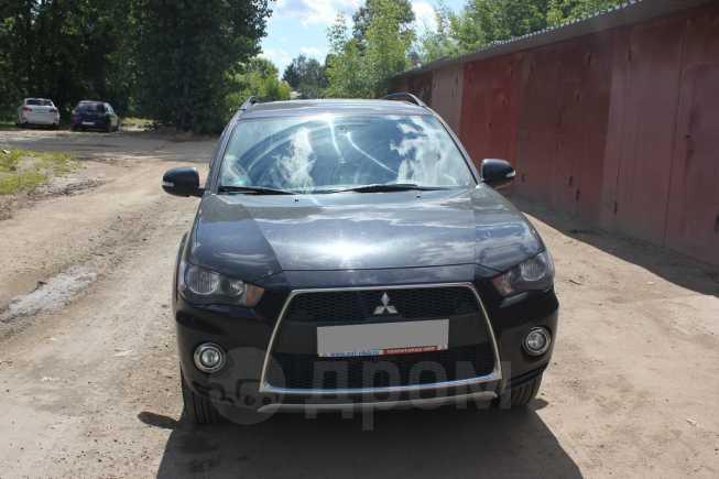 Mitsubishi Outlander, 2012 год, 760 000 руб.