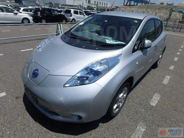Nissan Leaf, 2012 год, 509 000 руб.