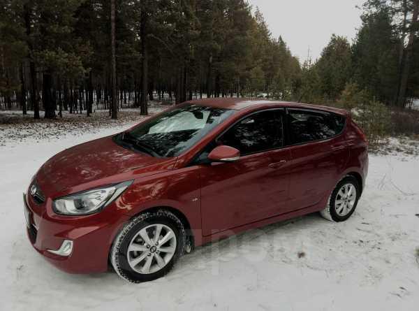 Hyundai Solaris, 2012 год, 560 000 руб.