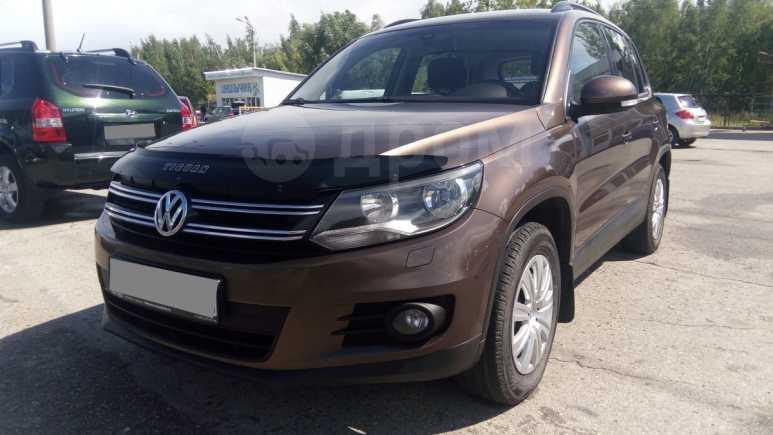 Volkswagen Tiguan, 2014 год, 759 000 руб.