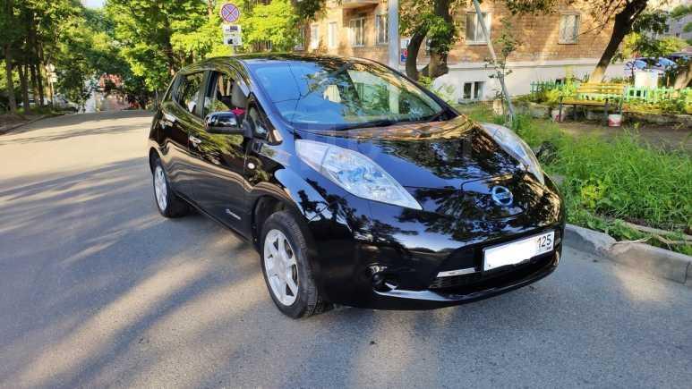 Nissan Leaf, 2011 год, 345 000 руб.