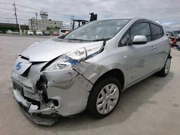 Nissan Leaf, 2013 год, 300 000 руб.