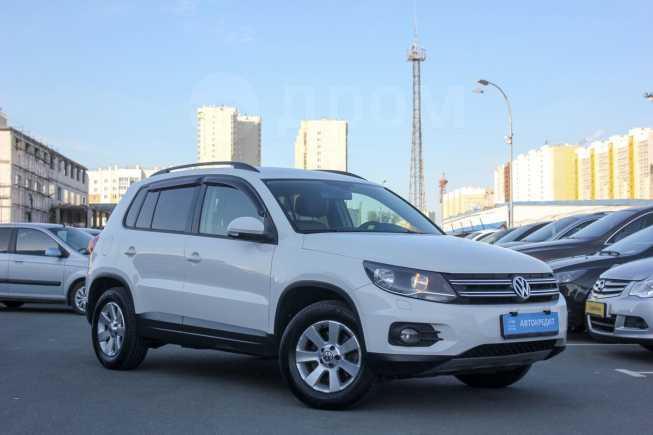 Volkswagen Tiguan, 2013 год, 849 000 руб.