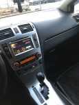 Toyota Avensis, 2011 год, 690 000 руб.