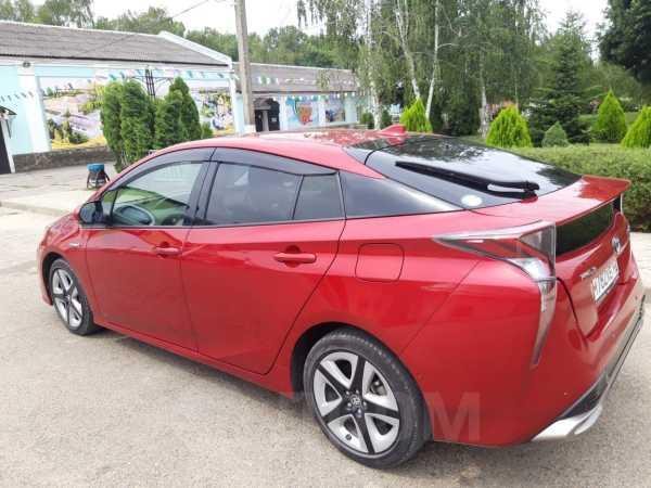 Toyota Prius, 2017 год, 1 230 000 руб.