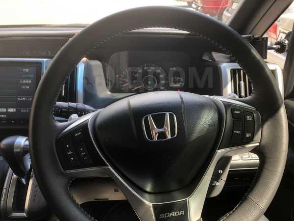 Honda Stepwgn, 2014 год, 1 300 000 руб.