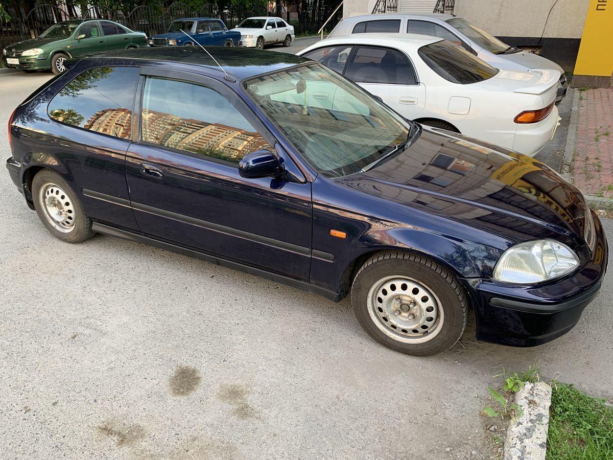 Хонда Цивик 1998 в Тюмени, автомат, хэтчбек 5 дв., синий  Хонда Цивик 1998 Хэтчбек