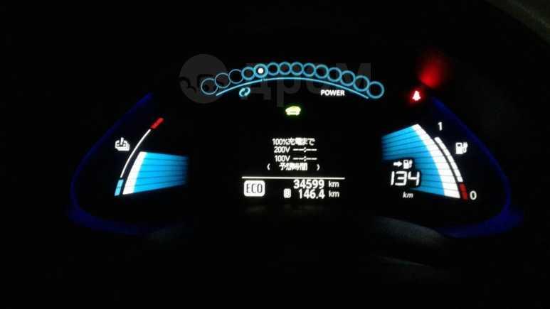 Nissan Leaf, 2010 год, 470 000 руб.