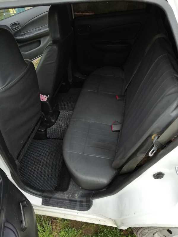 Nissan AD, 2000 год, 105 000 руб.