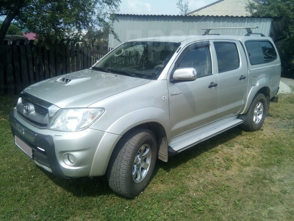 Toyota Hilux Pick Up, 2011 год, 1 120 000 руб.