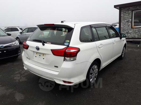 Toyota Corolla Fielder, 2016 год, 875 000 руб.