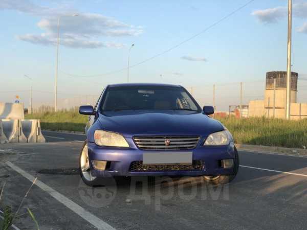 Toyota Altezza, 1999 год, 285 000 руб.