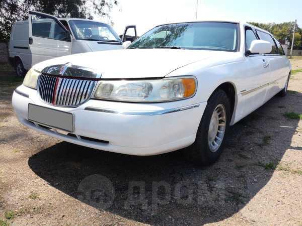 Lincoln Town Car, 2000 год, 450 000 руб.