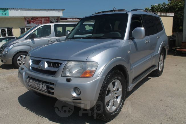 Mitsubishi Pajero, 2004 год, 595 000 руб.