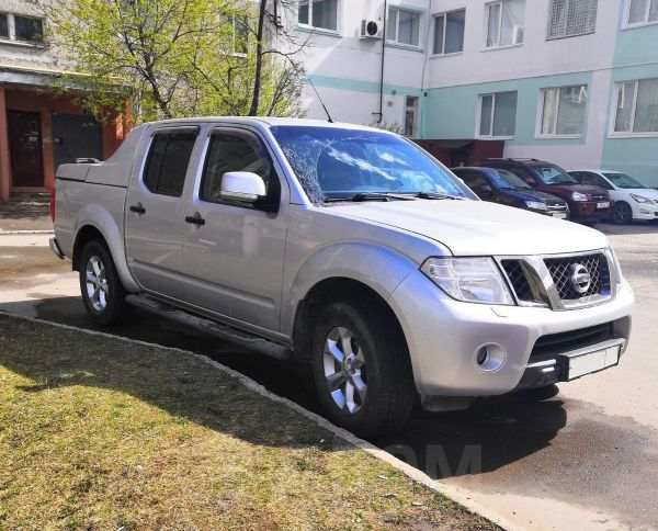 Nissan Navara, 2012 год, 1 069 000 руб.