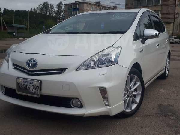 Toyota Prius a, 2013 год, 935 000 руб.
