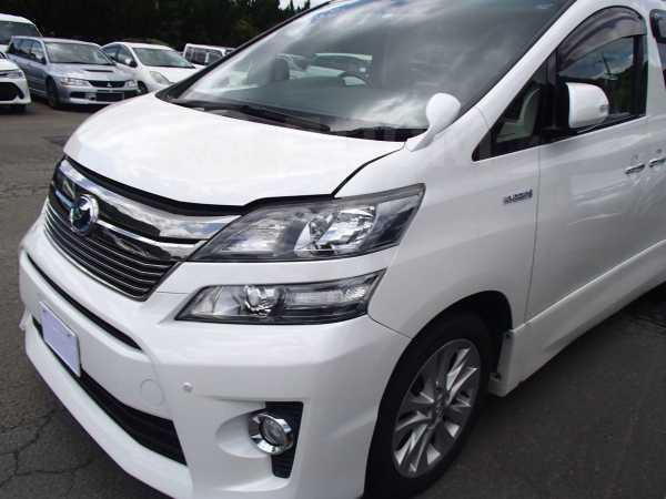 Toyota Vellfire, 2012 год, 899 000 руб.