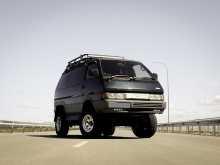 Вольно-Надеждинское Nissan Largo 1992