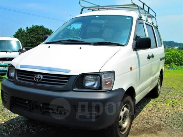 Toyota Town Ace, 2003 год, 230 000 руб.