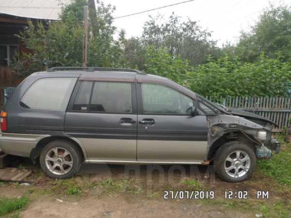 Nissan Prairie Joy, 1996 год, 98 000 руб.