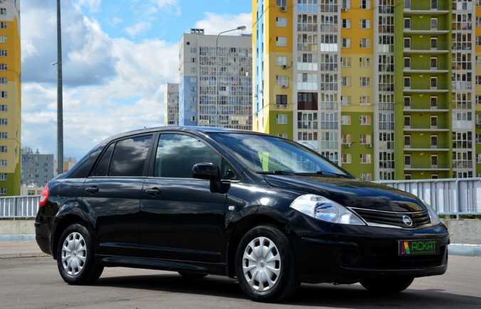 Nissan Tiida, 2011 год, 385 000 руб.