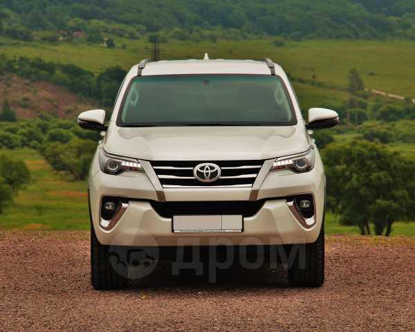 Toyota Fortuner, 2017 год, 2 450 000 руб.