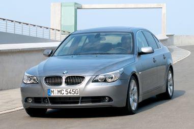 BMW отзывает в России 22 тысячи старых машин из-за ржавчины