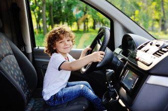 Названа самая молодежная автомобильная марка в России