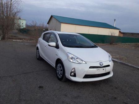 Toyota Aqua 2014 - отзыв владельца