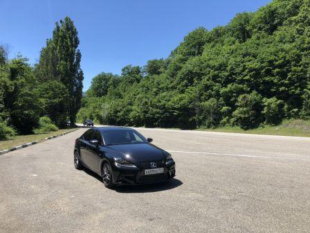 Lexus IS250 2014 - отзыв владельца