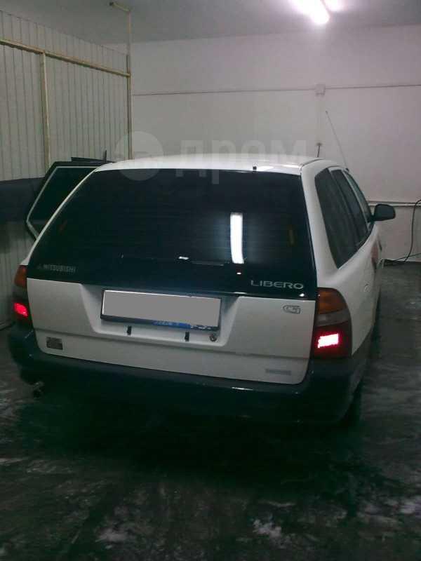 Mitsubishi Libero, 2001 год, 190 000 руб.