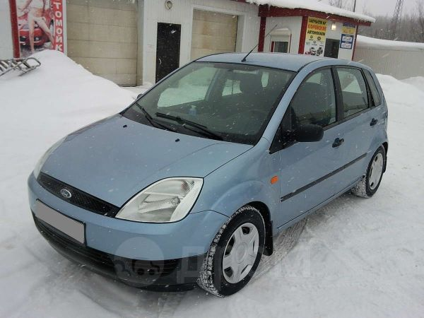 Ford Fiesta, 2005 год, 300 000 руб.