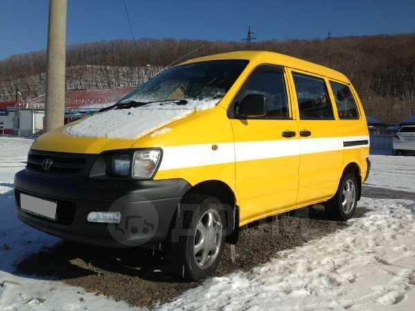Toyota Lite Ace Noah, 2001 год, 255 000 руб.