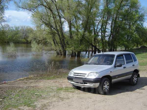 Chevrolet Niva, 2004 год, 275 000 руб.