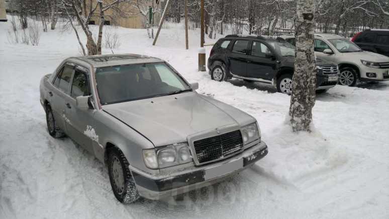 Mercedes-Benz E-Class, 1992 год, 155 000 руб.