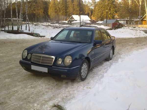 Mercedes-Benz E-Class, 1997 год, 270 000 руб.
