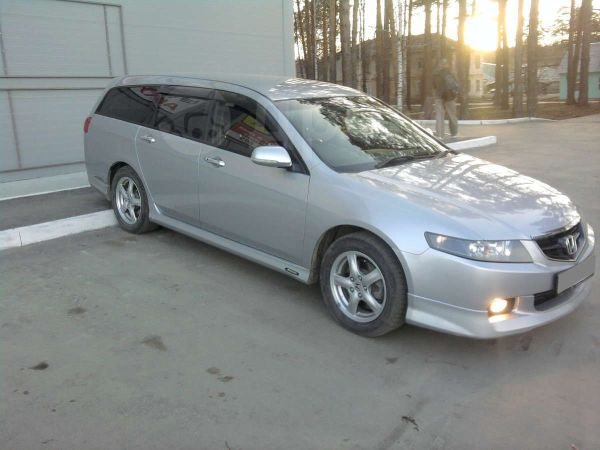 Honda Accord, 2004 год, 475 000 руб.