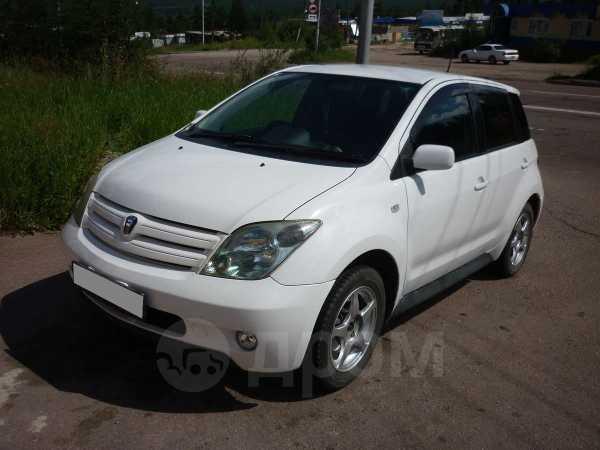 Toyota ist, 2003 год, 300 000 руб.