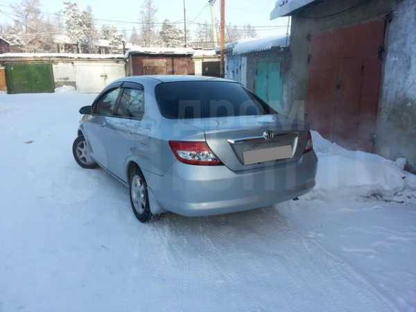 Honda Fit Aria, 2002 год, 280 000 руб.