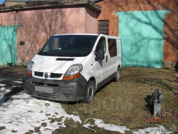 Renault Trafic, 2002 год, 220 000 руб.