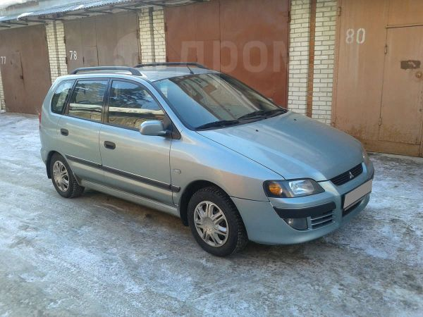 Mitsubishi Space Star, 2003 год, 295 000 руб.