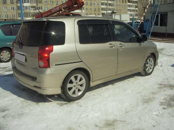 Toyota Raum, 2003 год, 300 000 руб.