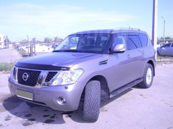 Nissan Patrol, 2010 год, 2 100 000 руб.